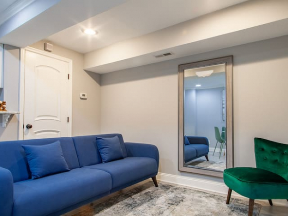large 47344898 1114013295 592x444 - Refreshing designer flat near capitol hill • Lincoln park • Union market